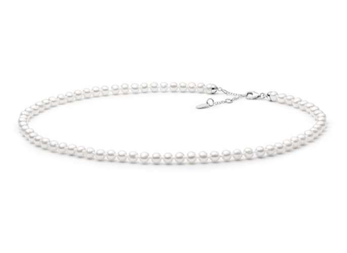 Moderne klassische Choker-Kette weiß rund 5-5.5 mm, 40 cm, Verschluss 925er Silber, Gaura Pearls, Estland