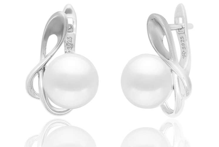 Casual Perlenohrring weiß rund 9.5-10 mm, Silberbogen, Englischer Verschluss, 925er Silber, Gaura Pearls, Estland
